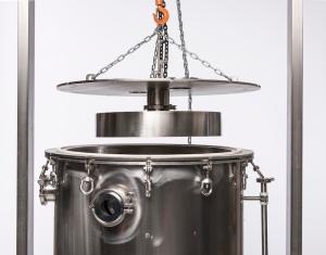500_gallon_cold_ethanol_extraction_Distiller_-0030